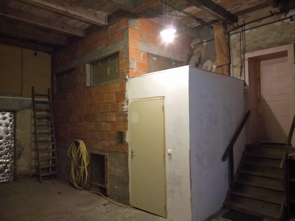 isolation mur garage interieur lorraine isolation et platrerie. Black Bedroom Furniture Sets. Home Design Ideas